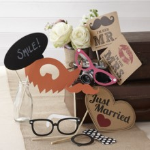 Photo Booth Props - Vintage 'Just Married'